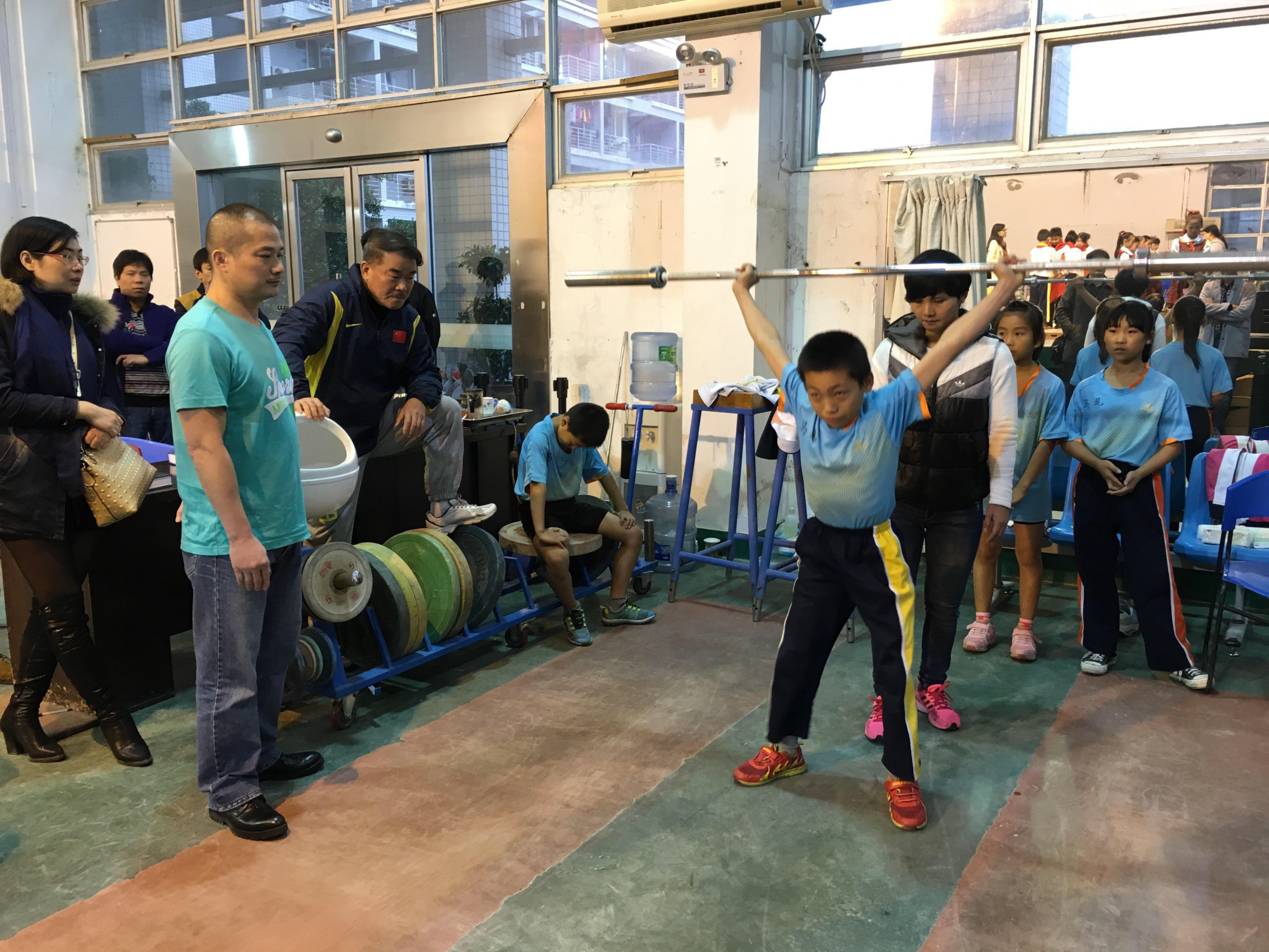 Chinese weightlifters starting young at school ©CWF