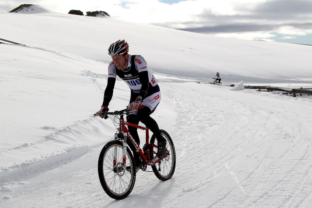 Athletes at the 2016 Winter Triathlon World Championships will compete in running, mountain biking and skiing events