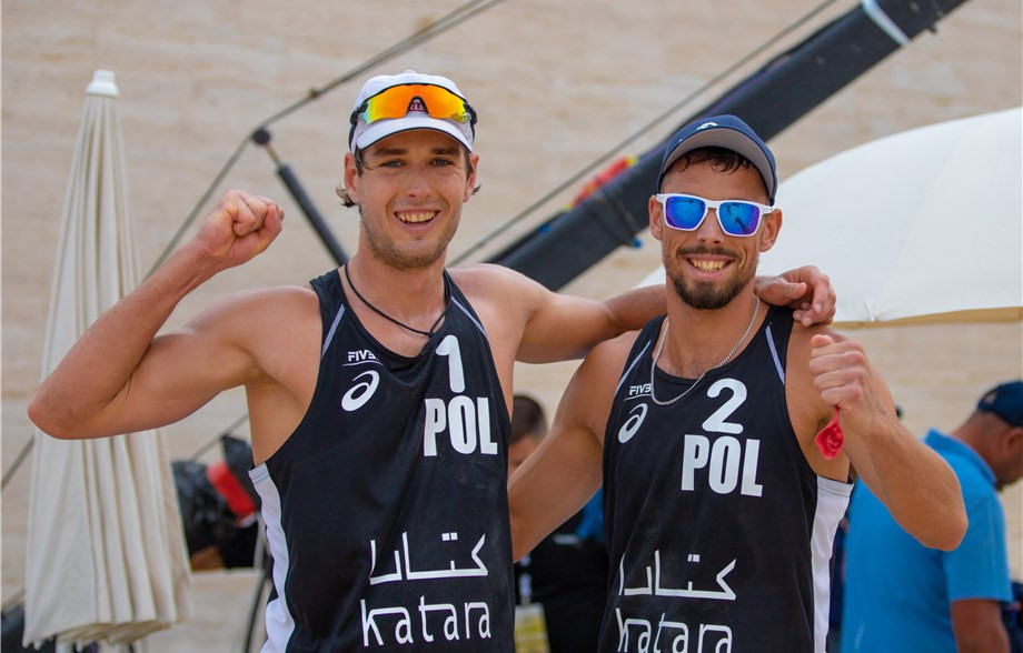 Poland's Kantor and Losiak return to last eight at FIVB Beach Volleyball World Tour event in Doha