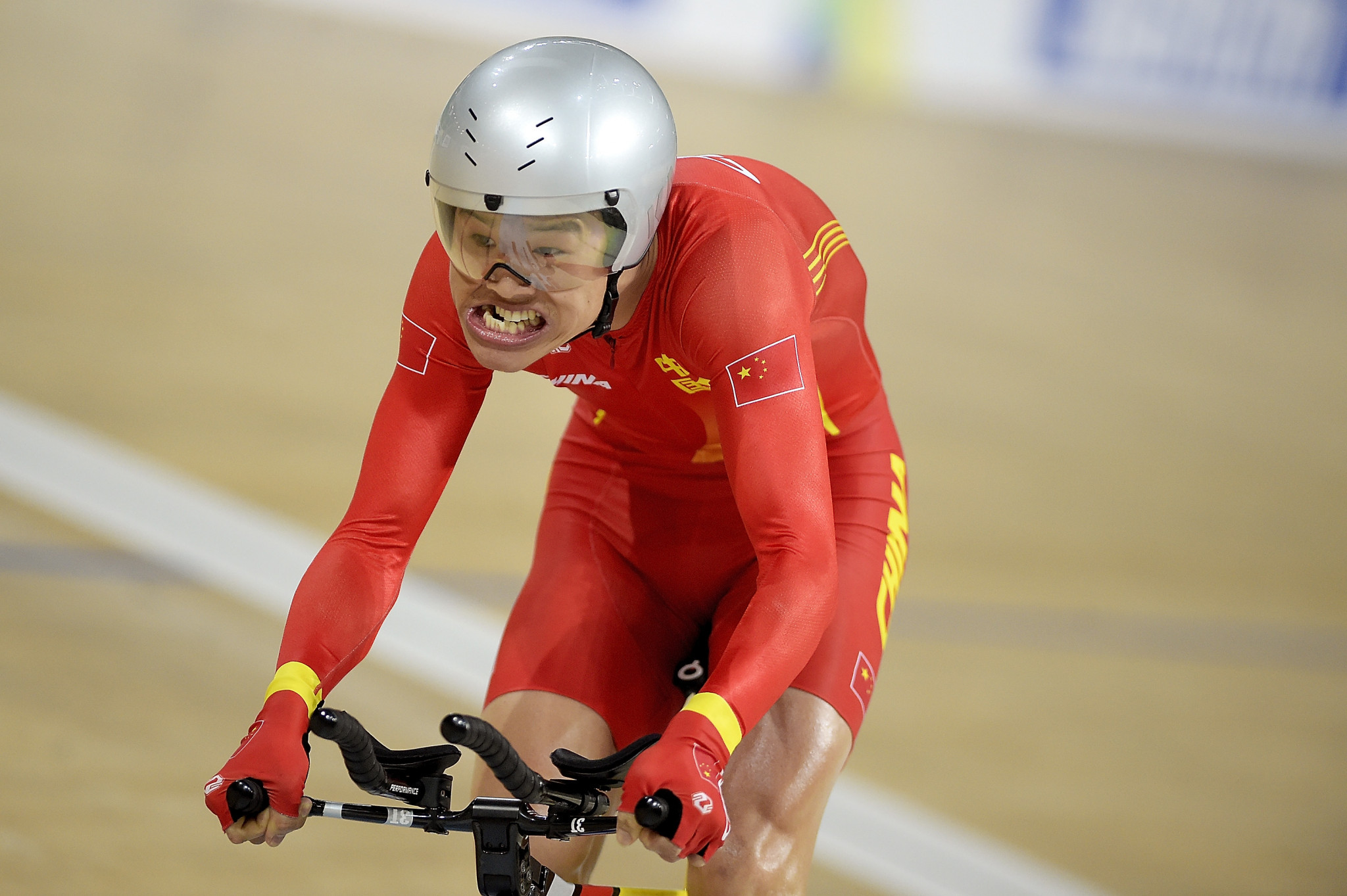 World records tumble as time trial action dominates on day two of UCI Para-cycling Track World Championships