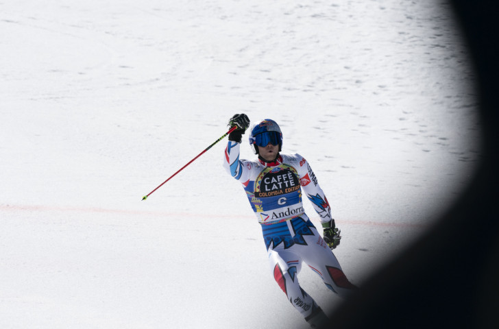France's Alexis Pinturault salutes his giant slalom victory at the FIS Alpine Ski World Cup Finals in Andorra today ©Getty Images