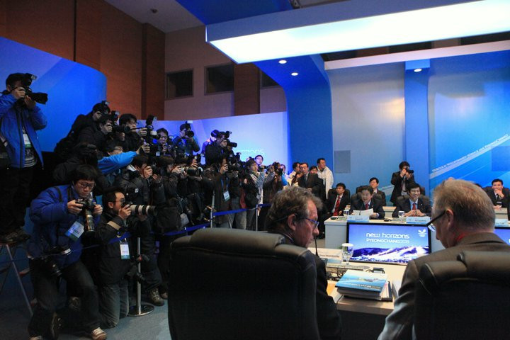 There was huge local media interest in the visit of the IOC Evaluation Commission to Pyeongchang in 2011 ©Stratos Safioleas