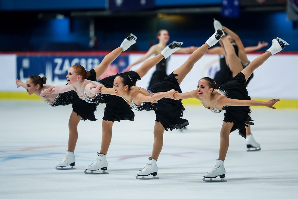Team Skyliners Junior, of the United States, silver medallists last year, took bronze today behind the two Russian teams at the ISU World Junior Synchronised Skating Championships in Switzerland ©ISU