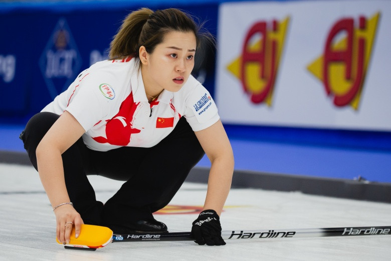 Big guns Sweden and Canada misfire on opening day of World Women's Curling Championships in Silkeborg