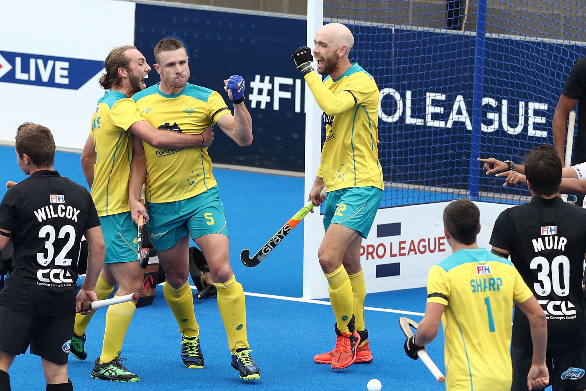 Australia's men beat New Zealand 5-1 to increase their lead at the top of the FIH Pro League standings ©Getty Images