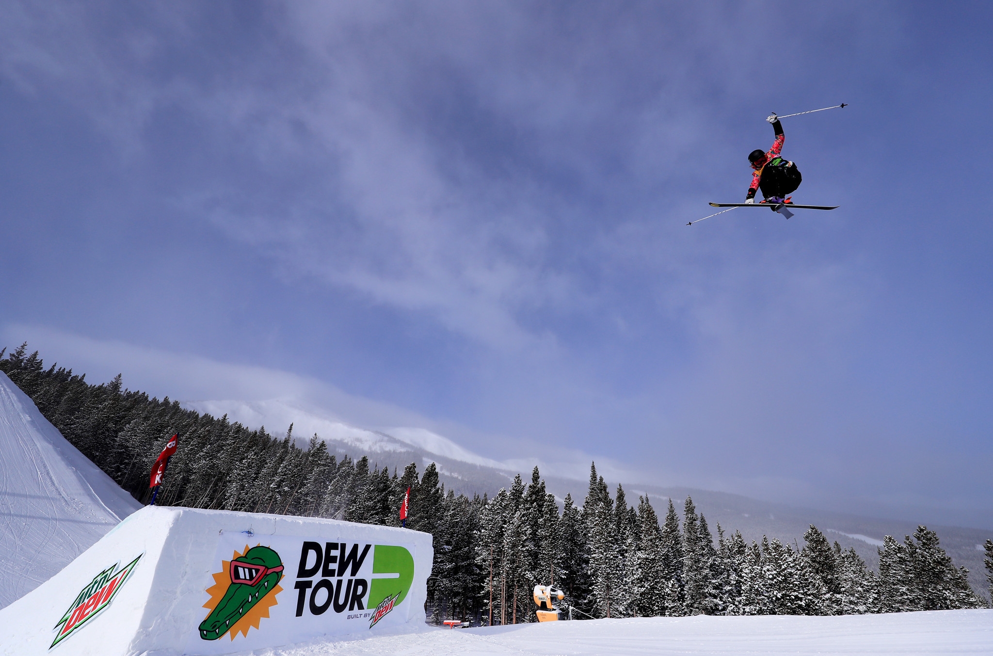 Elena Gaskell secured the overall Women's Big Air FIS Freestyle Ski World Cup title on home snow in Québec ©Getty Images