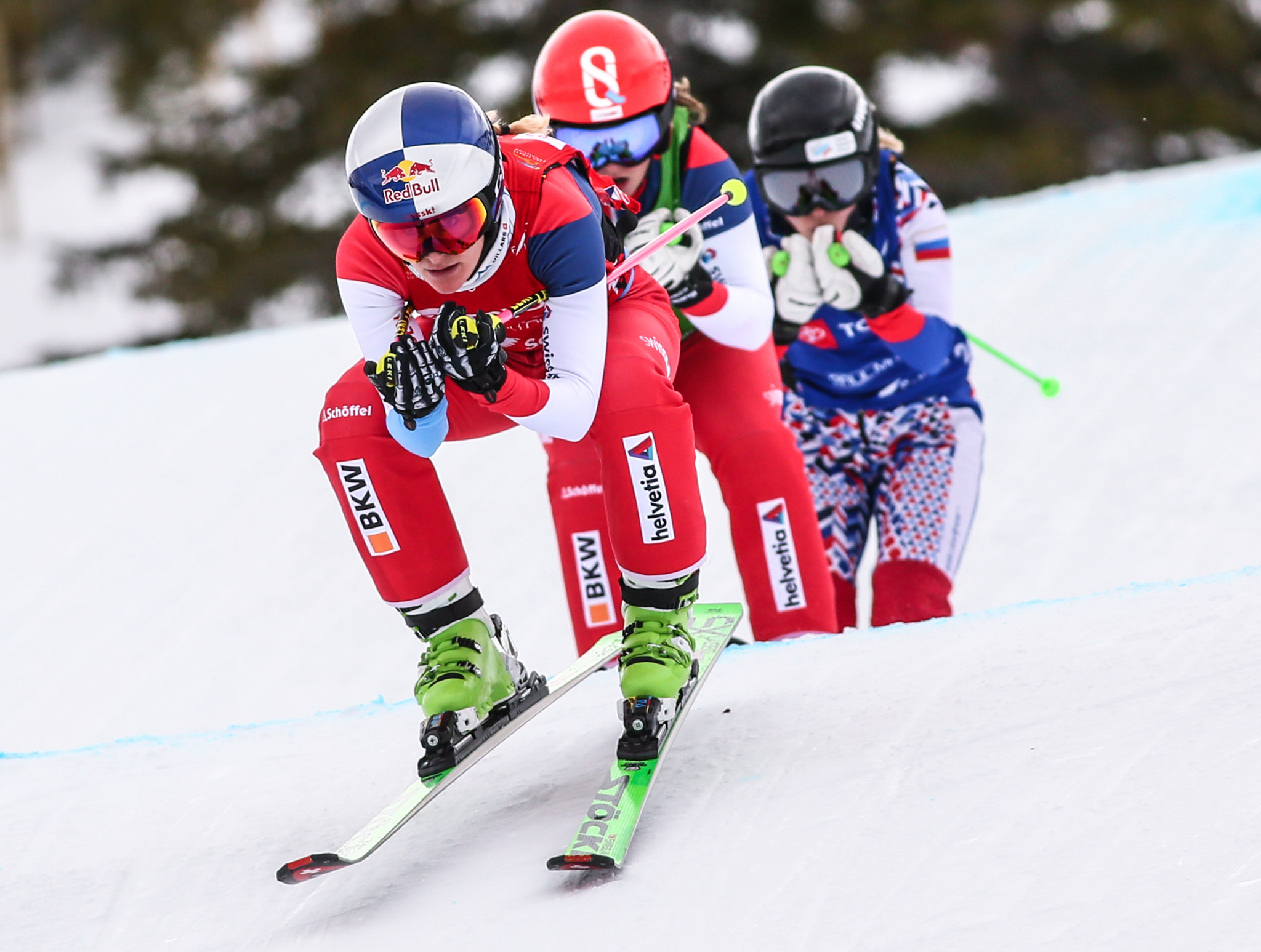 Smith wraps up FIS Ski Cross World Cup title on home snow in Veysonnaz