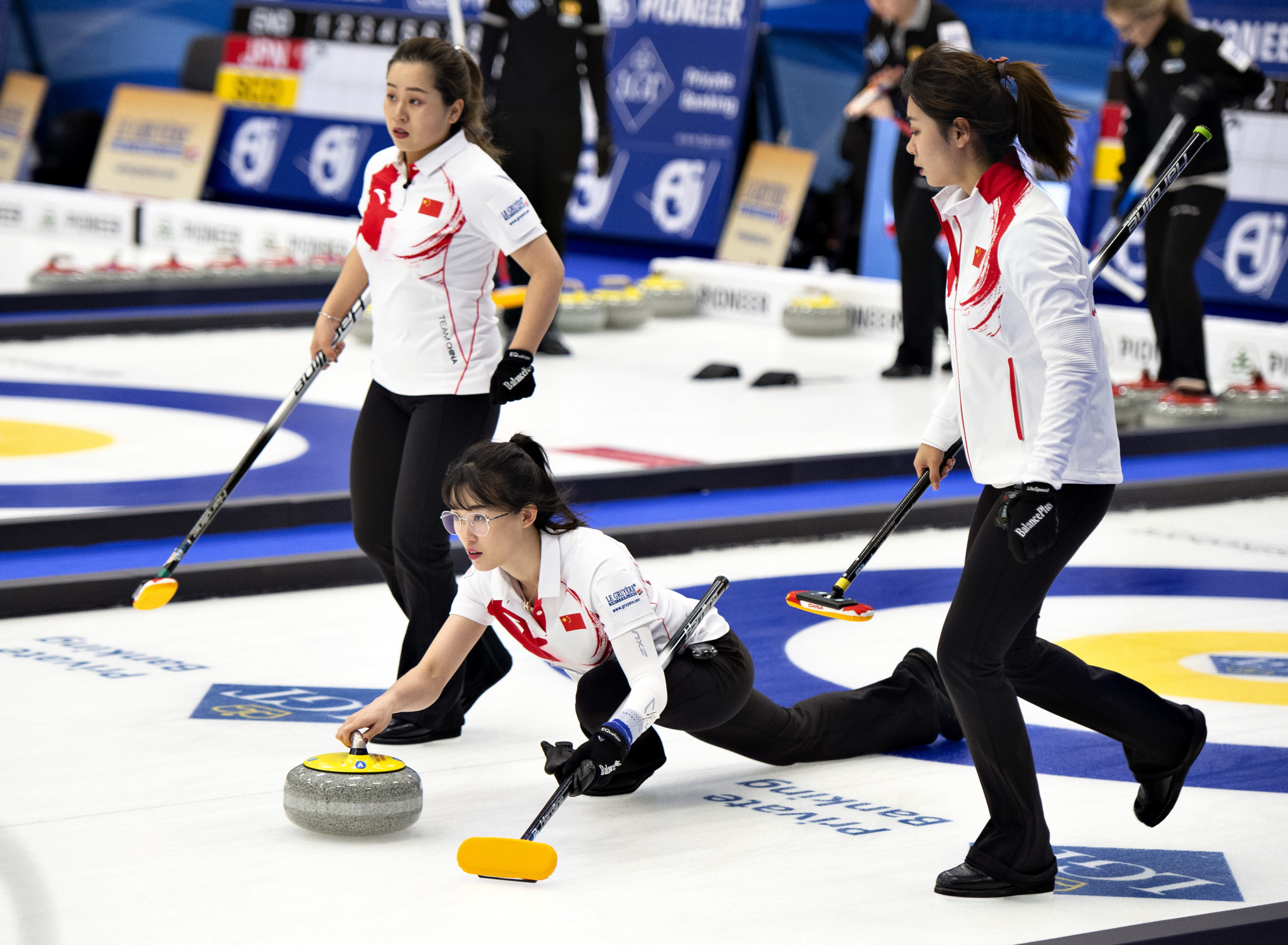 After three days China remain unbeaten at the Women's World Curling Championships ©Getty Images