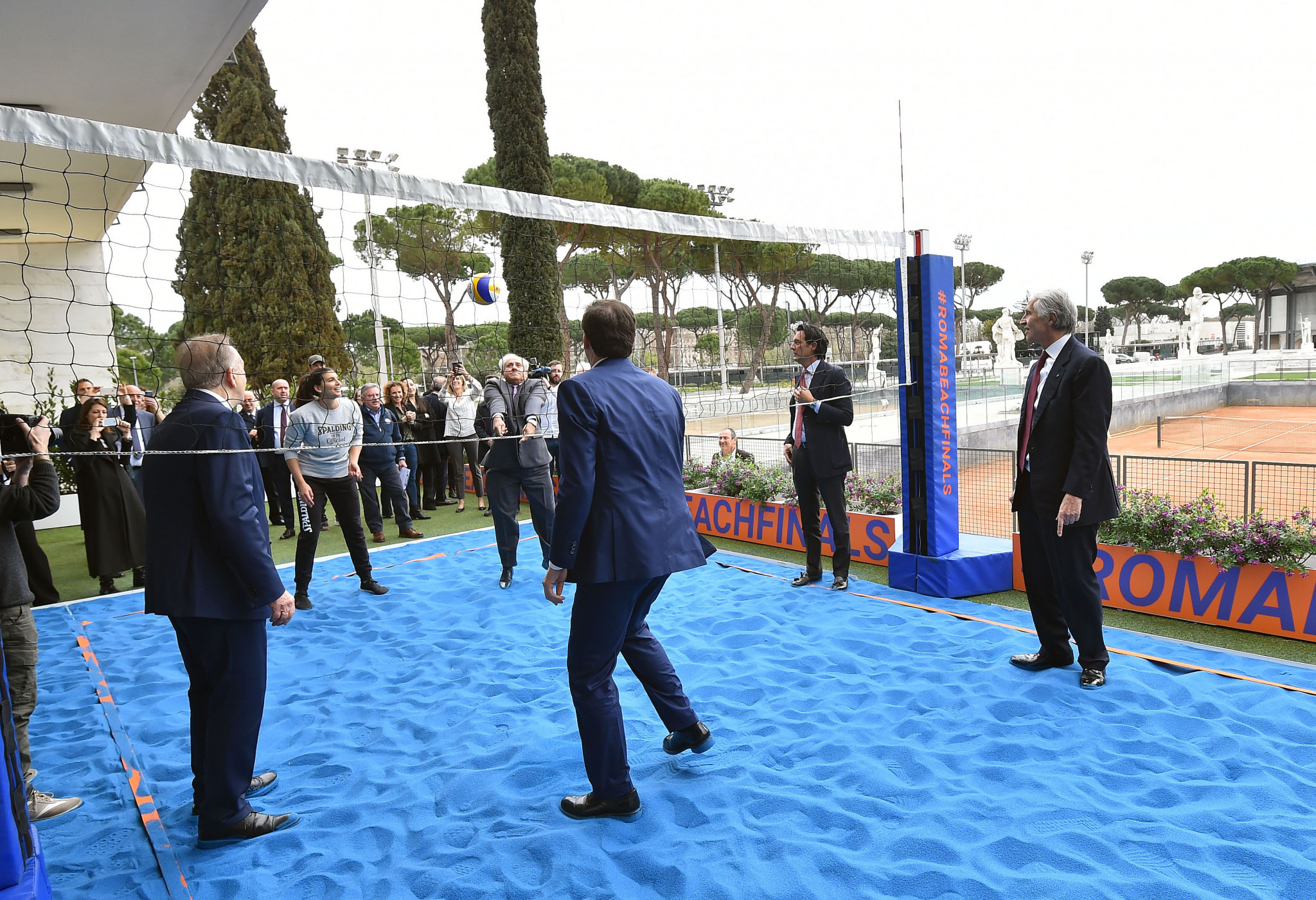 A court was set up outside the press conference ©FIVB