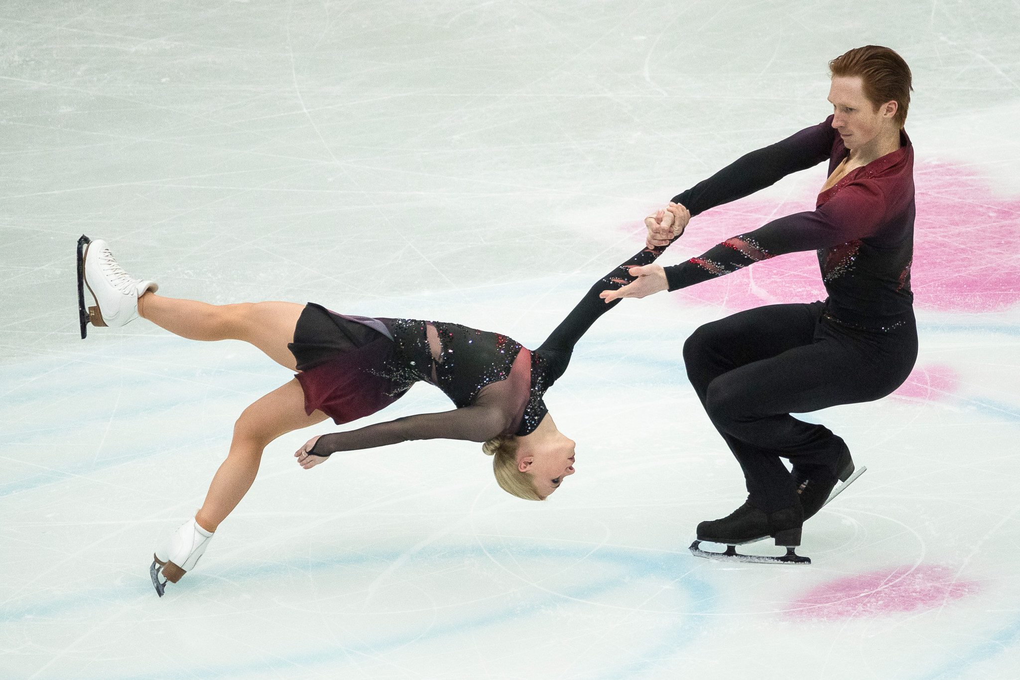 Russia's Evgenia Tarasova and Vladimir Morozov lead at the halfway point of the pairs competition ©Getty Images