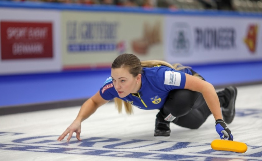 Sweden recorded two victories to move clear at the top of the standings ©WCF