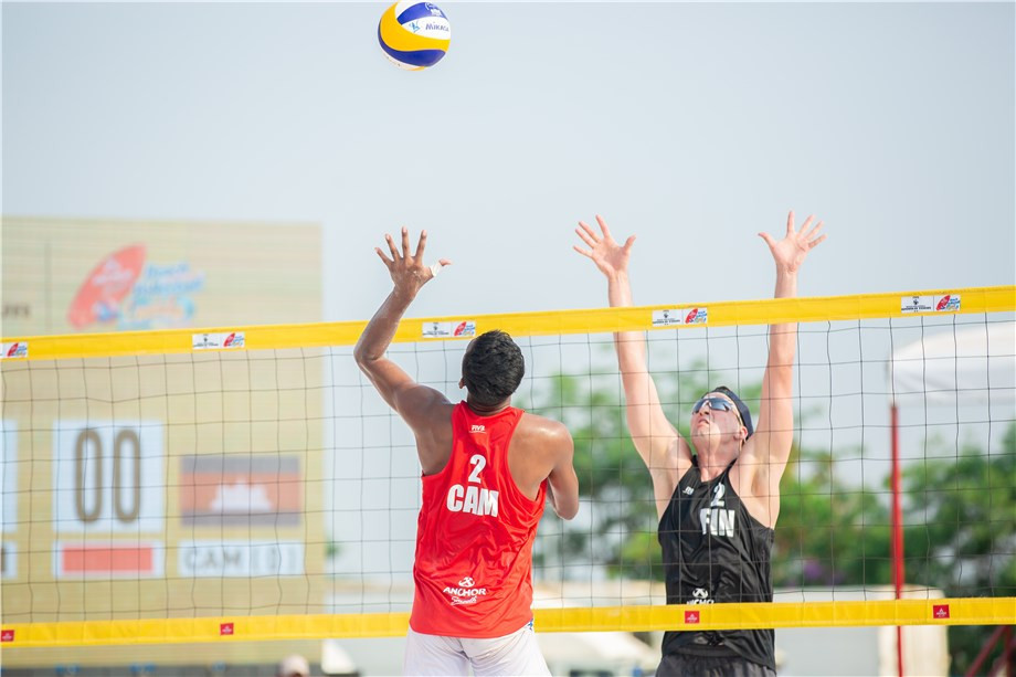 Jyrki Nurminen and Santeri Siren of Finland finished top of Pool A ©FIVB