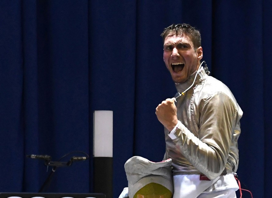 Hartung overcomes world number one on way to victory at FIE Men's Sabre World Cup in Budapest