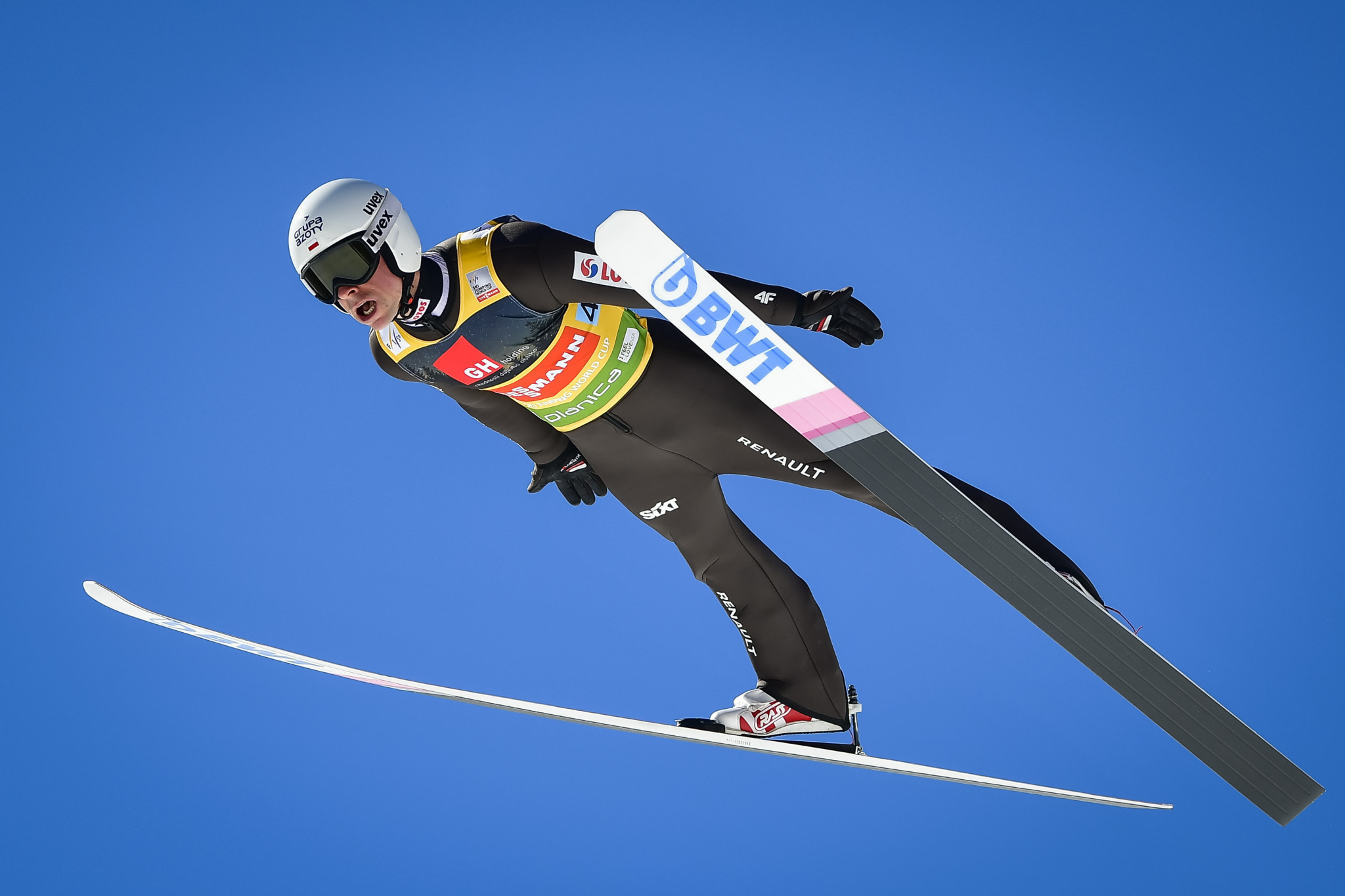 Poland triumph in final team event of Ski Jumping World Cup season in Planica