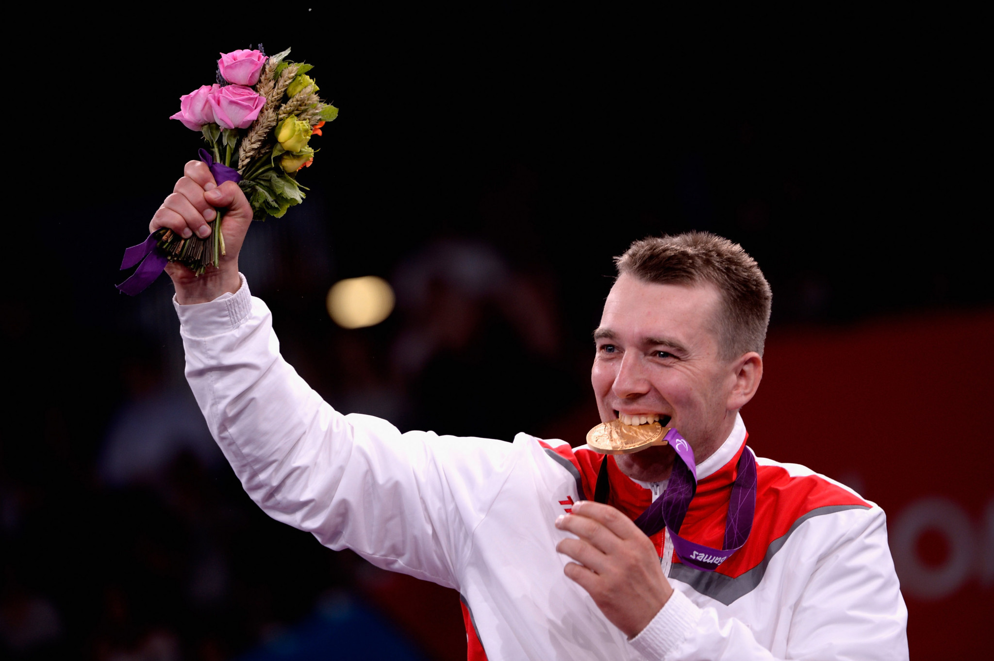 London 2012 Paralympic champion Grzegorz Pluta of Poland won the men's sabre category B at the IWAS Wheelchair Fencing World Cup in Pisa ©Getty Images