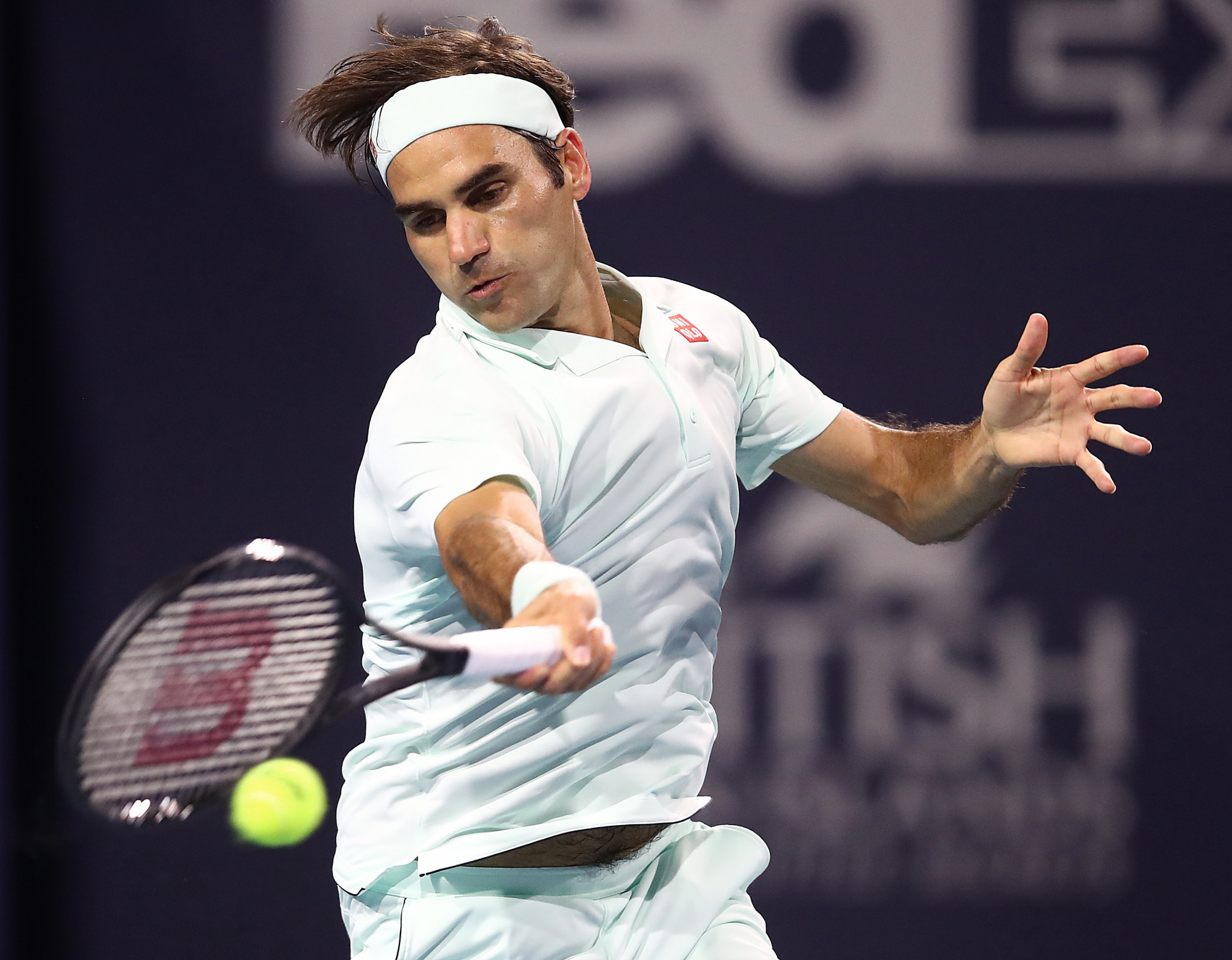 Former world number one Federer battles past qualifier Albot in Miami Open