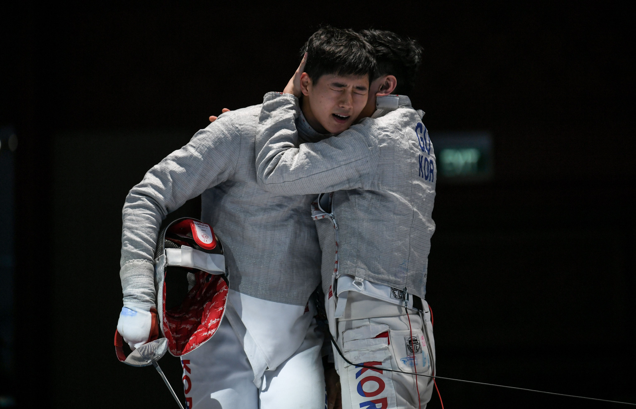 South Korea defeat hosts Hungary in team final at FIE Men's Sabre World Cup