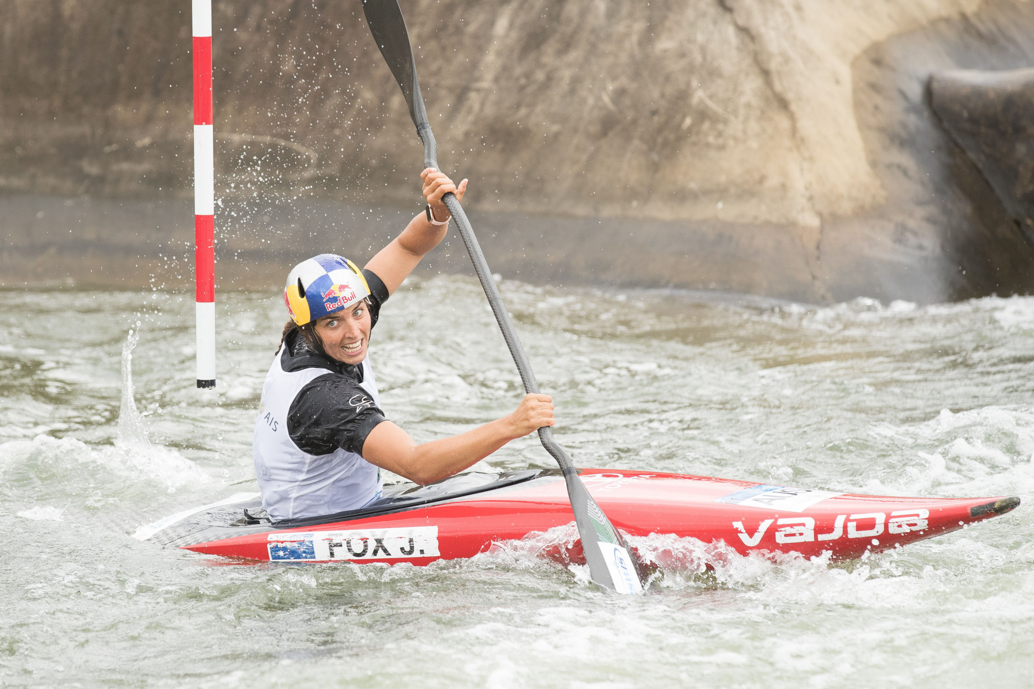 Fox named 2018 sportswoman of the year at World Paddle Awards