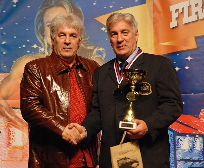 Honorary President of the Balkan Federation, Nenad Vučković, and his brother Milan, organised the first Open Balkan Cup to mark the 30th anniversary of the organisation ©IFBB