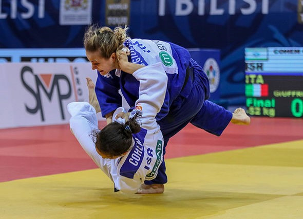Italy's Odette Giuffrida beat Israel's Gili Cohen to the women's under-52kg gold medal ©IJF
