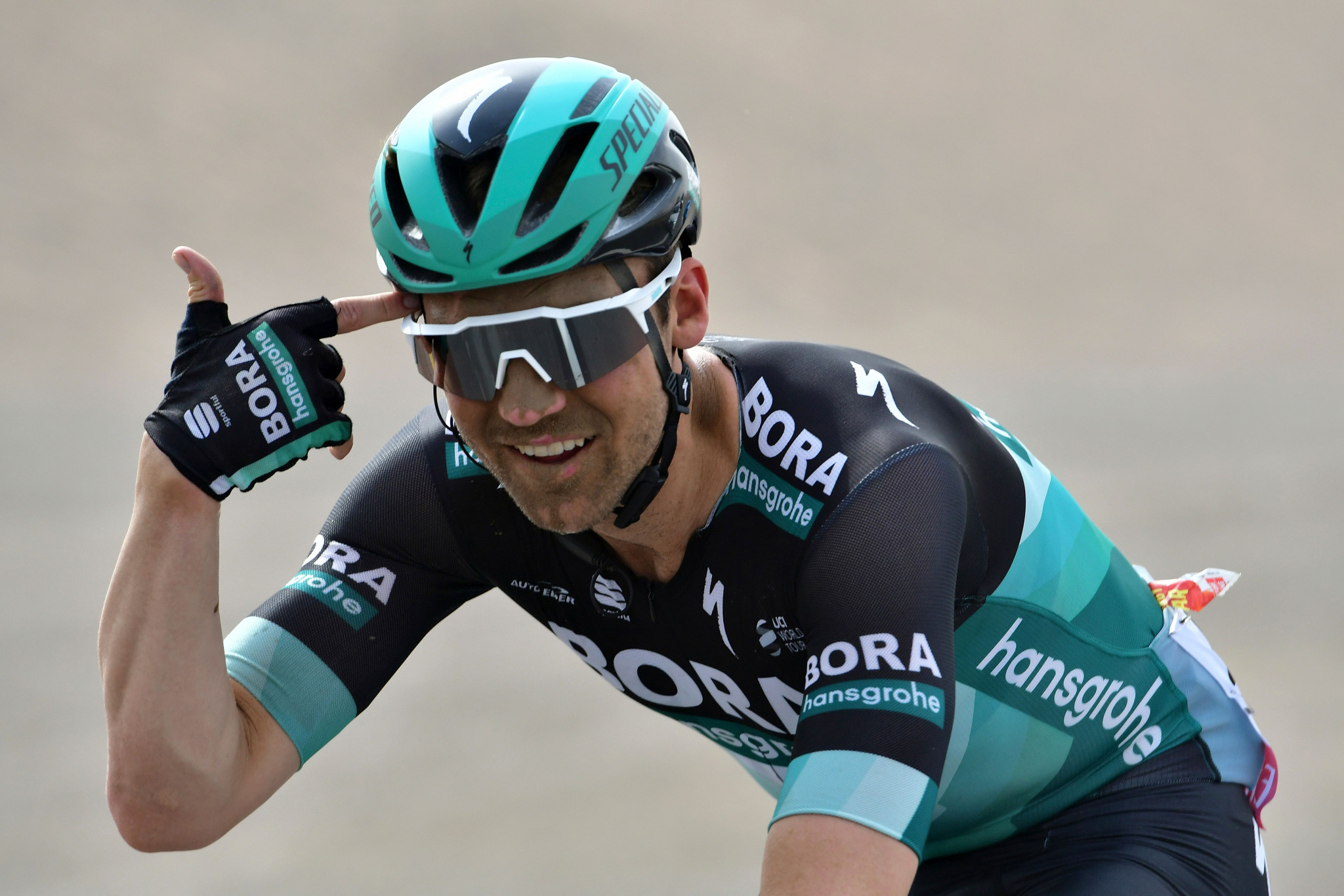 Schachmann secures stage five victory at Volta a Catalunya