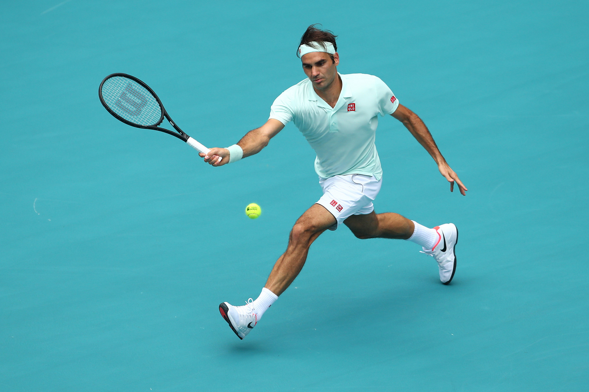 Switzerland's Roger Federer beat John Isner of the United States to win the Miami Open ©Getty Images