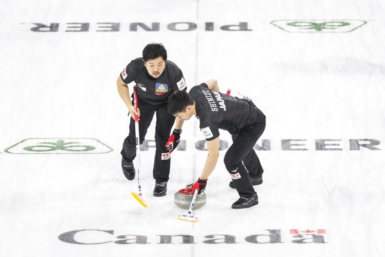 Japan become first team to qualify for play-offs at World Men's Curling Championship