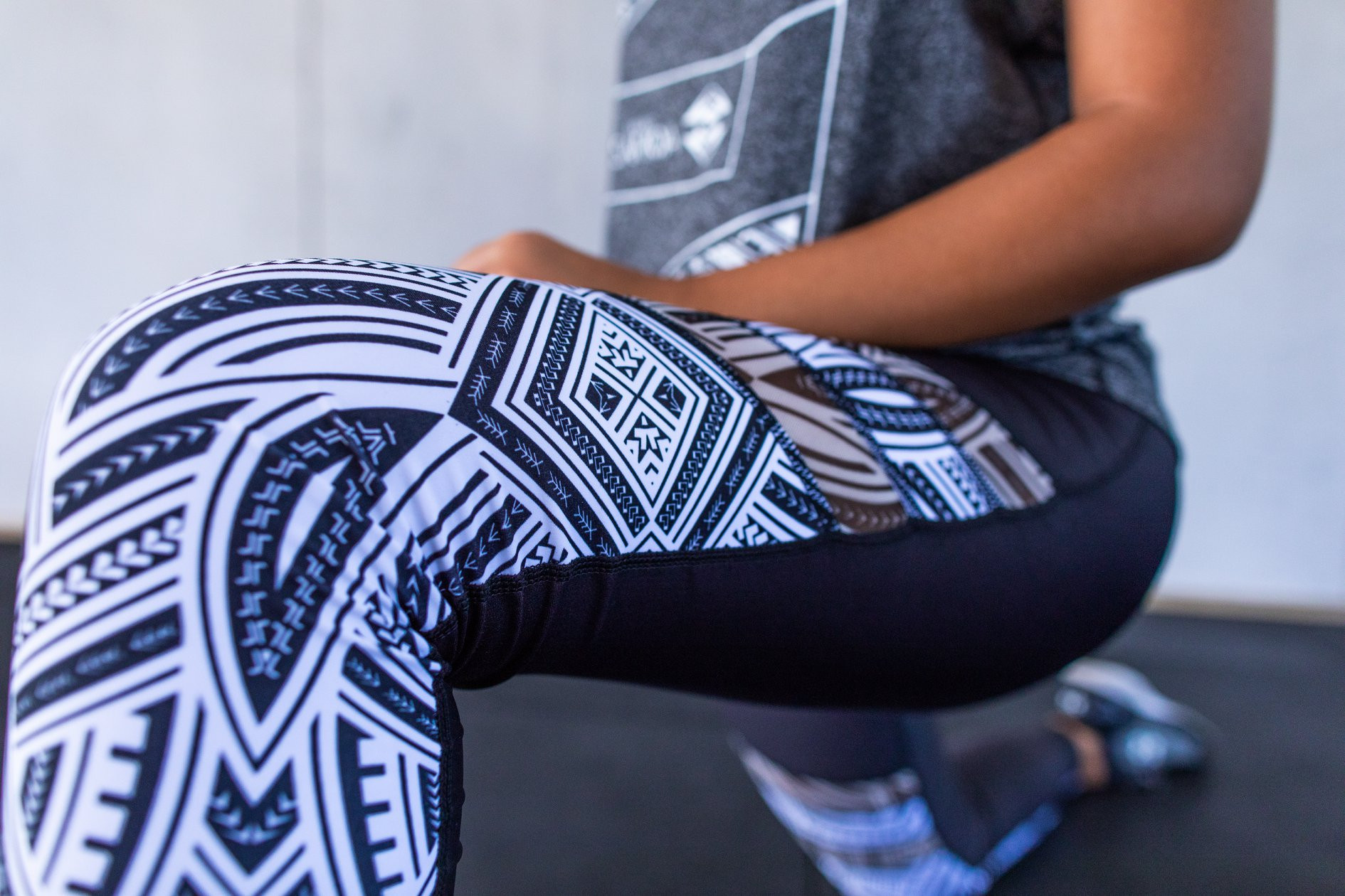 Eveni Carruthers makes clothes in the traditional Samoan elei style of hand block printing ©Eveni Carruthers