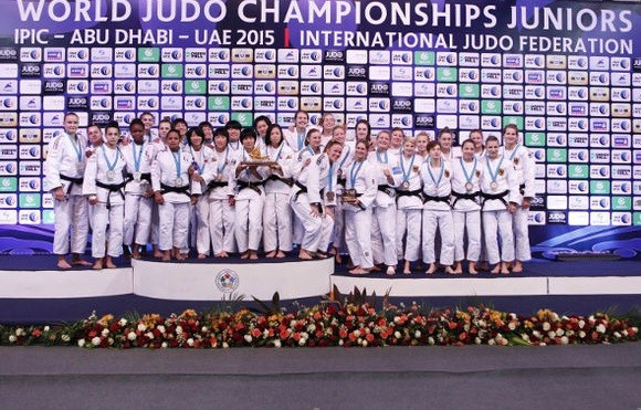 Japan sweep men's and women's team titles on final day of IJF Junior World Championships