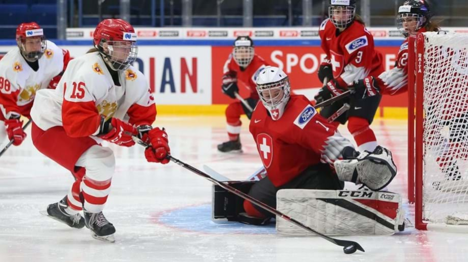 Russia leave it late against Switzerland to make winning start to IIHF Women's World Championship