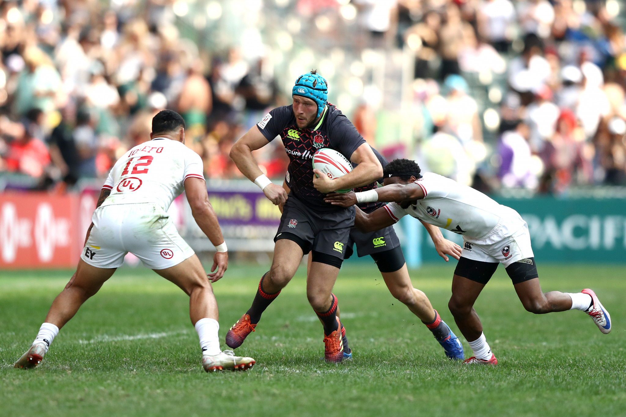 World Rugby Sevens Series leaders United States squeezed through to the quarter-finals of the Hong Kong Sevens, despite losing both of their pool matches today ©World Rugby