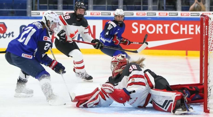 Defending champions United States edge out Canada at IIHF Women's World Championship