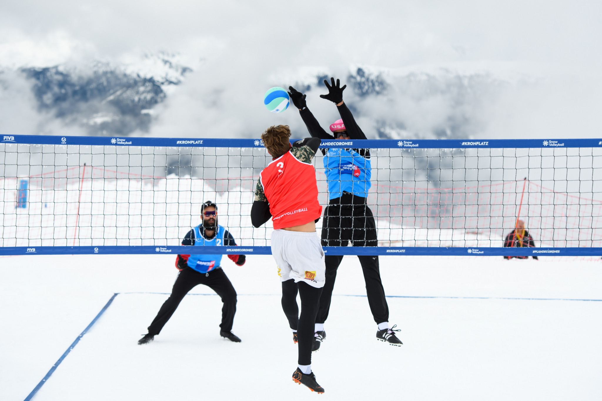 United States win title at Kronplatz in first FIVB Snow Volleyball World Tour event
