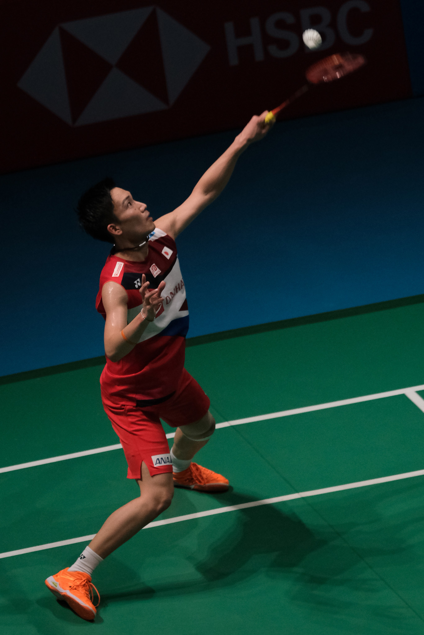 Momota cruises into BWF Singapore Open quarter-finals