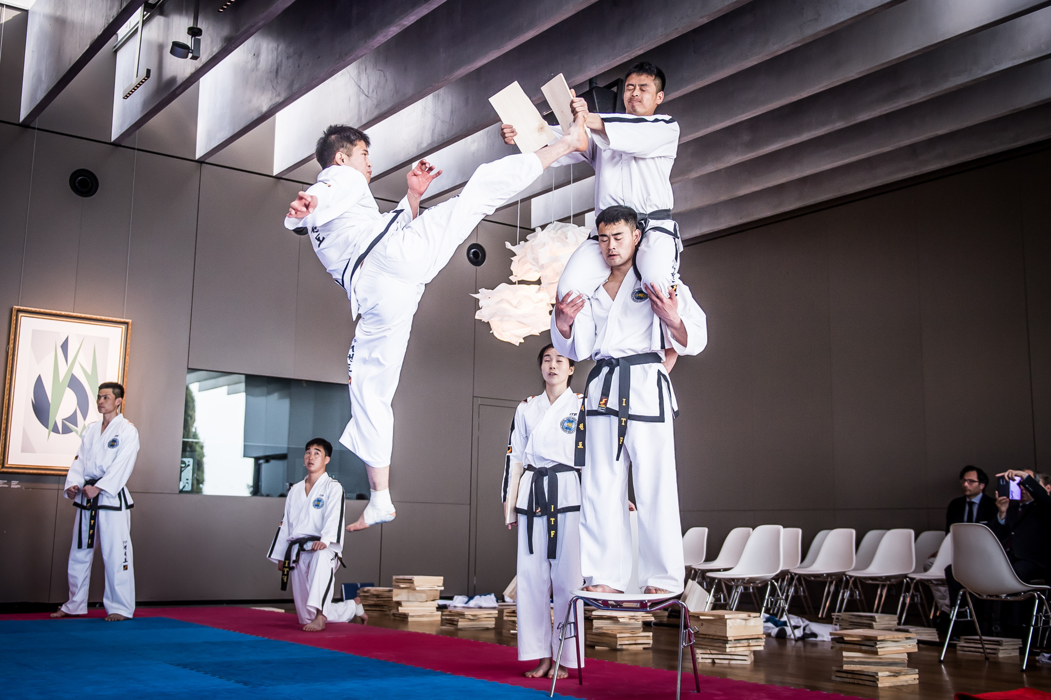 The joint demonstration then begun, with the team from the ITF performing first ©World Taekwondo