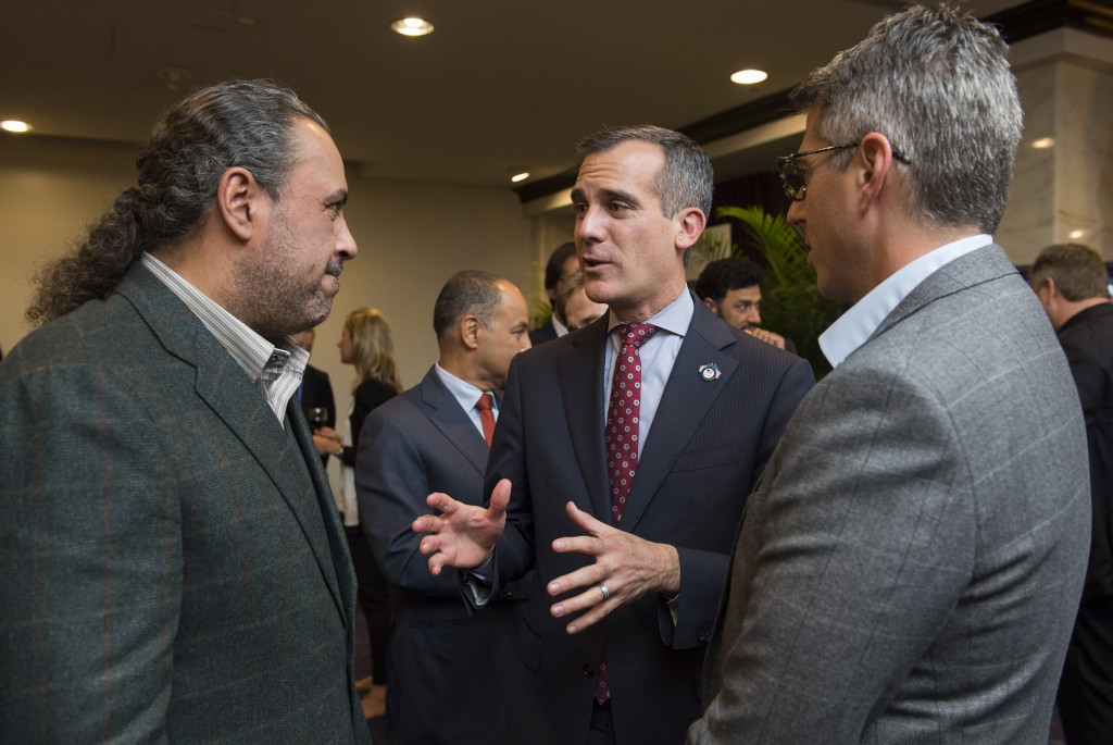 Los Angeles Mayor Eric Garcetti (centre) talking to IOC member and ANOC President Sheikh Ahmad Al-Fahad Al-Sabah during the General Assembly ©Getty Images