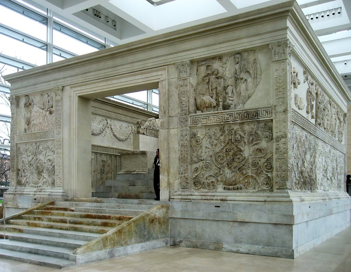 The Shine Ceremony was held at the Ara Pacis Augustae in Rome, a monument constructed to celebrate peace in the Roman empire ©Twitter