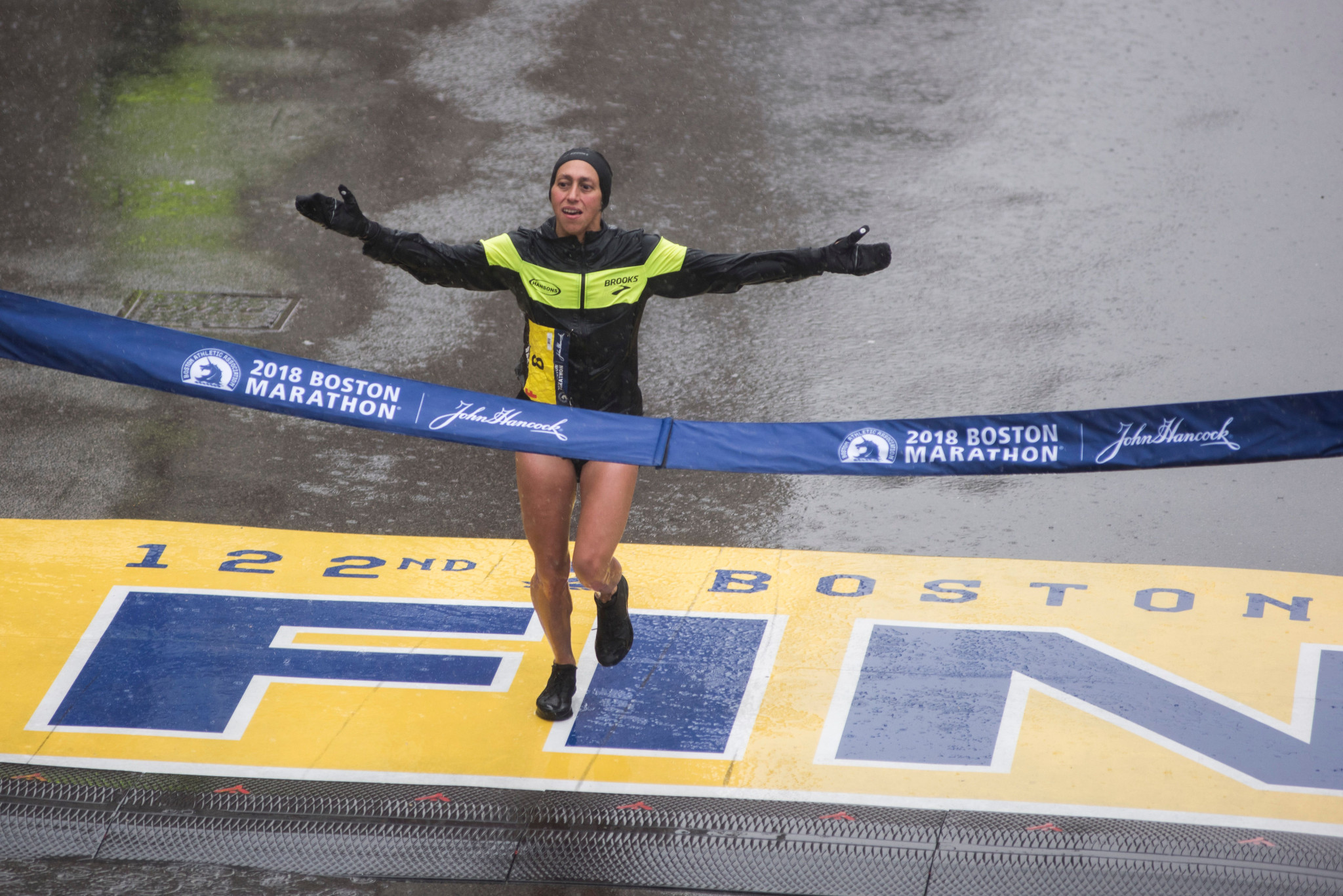 Can Des Linden repeat her shock Boston Marathon victory of last year – as more rain is forecast? ©Getty Images