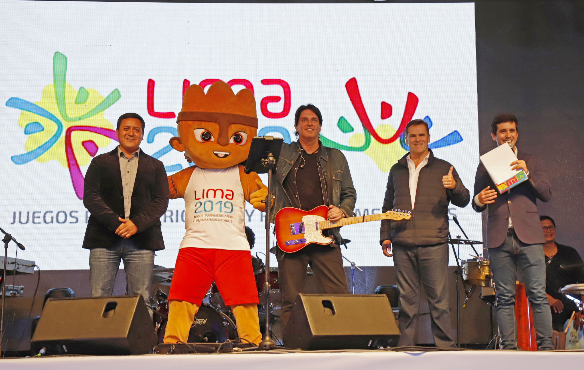 "The Lima 2019 Pan American and Parapan American Games official song, ""Jugamos Todos"", was performed by Pedro Suárez-Vértiz and his band ©Lima 2019"