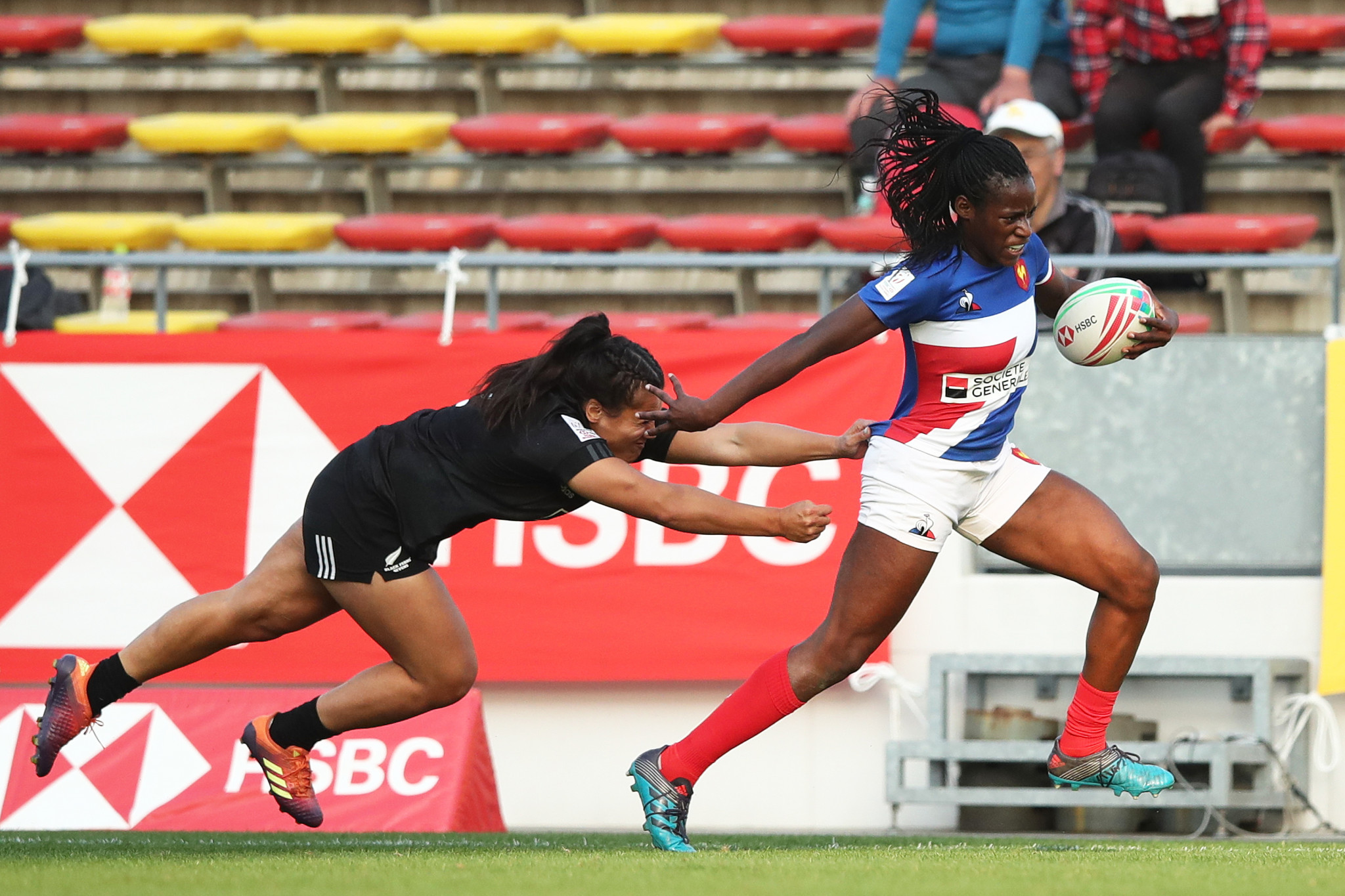 France defeated New Zealand at the World Rugby Seven Series in Kitakyushu ©World Rugby