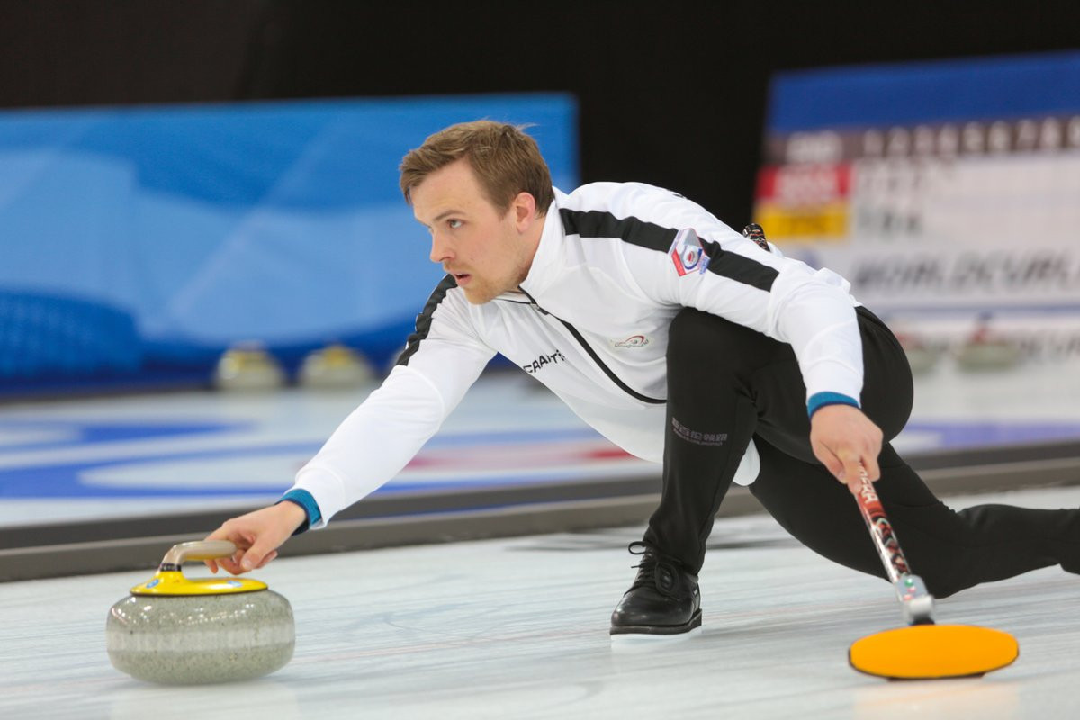 Hosts Norway got their campaign off to a winning start with a comfortable victory over Slovakia ©World Curling Federation