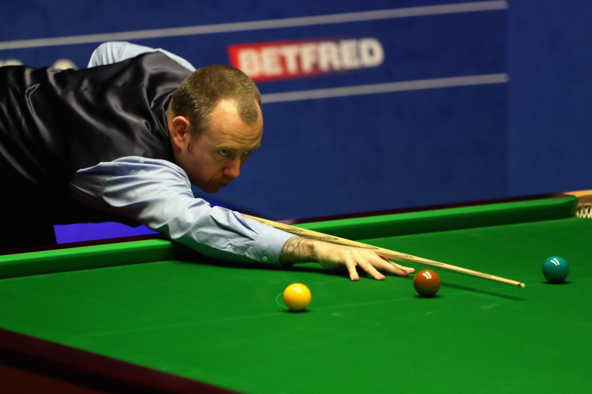 Defending champion Mark Williams won his opening match of the World Snooker Championship in Sheffield ©Getty Images