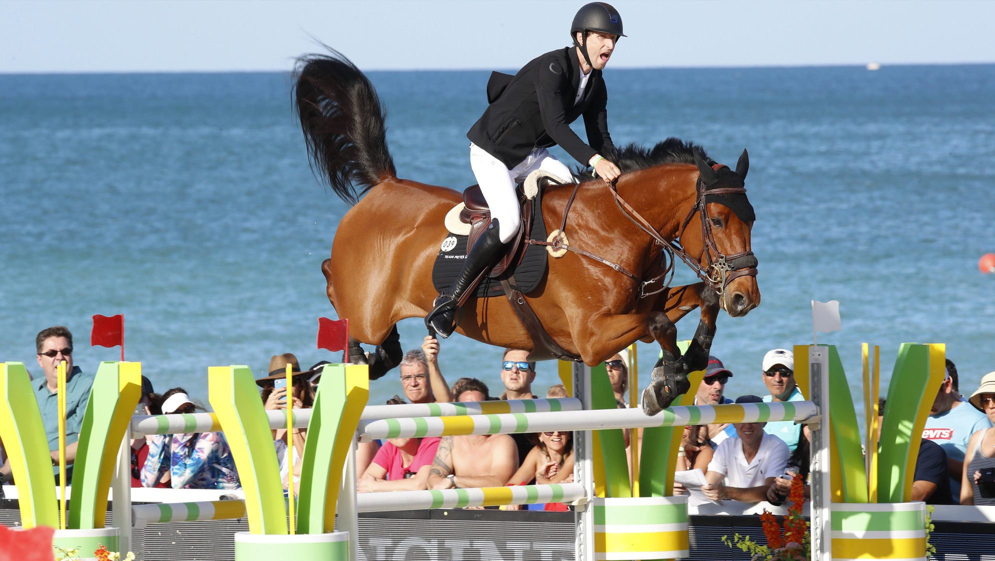 Devos dominates Longines Global Champions Tour Grand Prix in Miami Beach