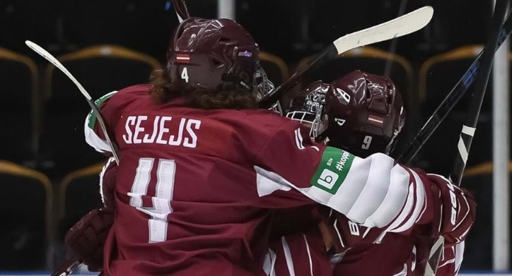 Latvia book place in quarter-finals at IIHF Under-18 World Championship