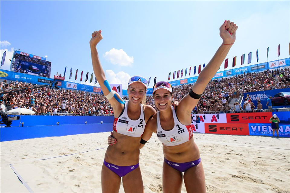 Barbara Hermannova and Marketa Slukova of the Czech Republic are the top seeds in the women's event ©FIVB