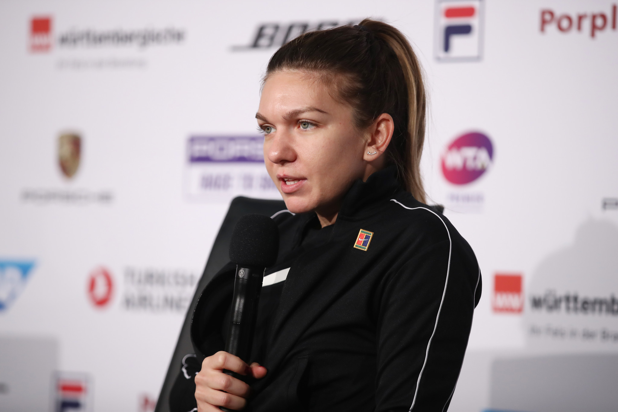 Second seed Halep pulls out of WTA Stuttgart Open with hip injury
