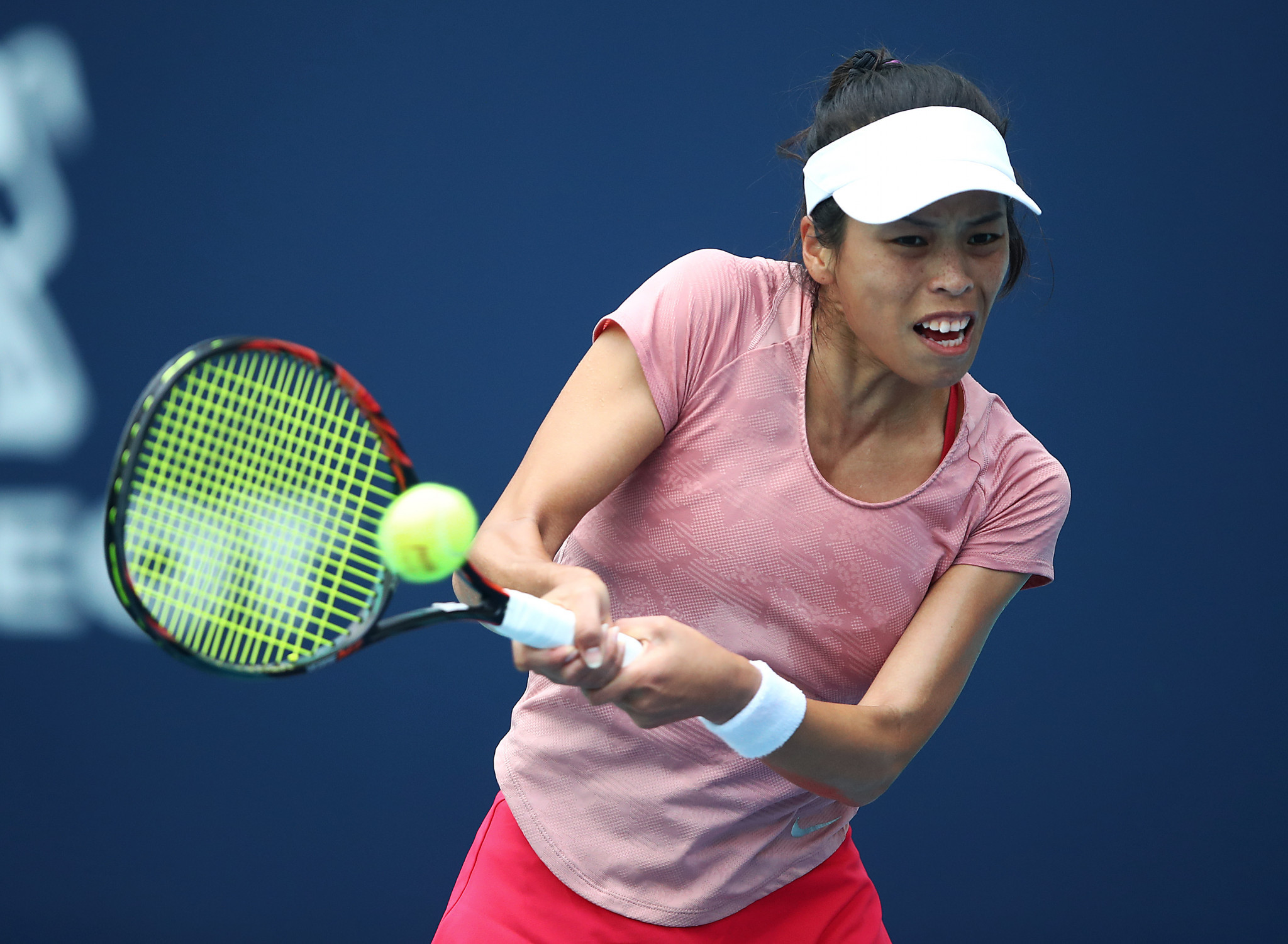 Hsieh wins at Stuttgart Open to set up second-round meeting with top seed Osaka