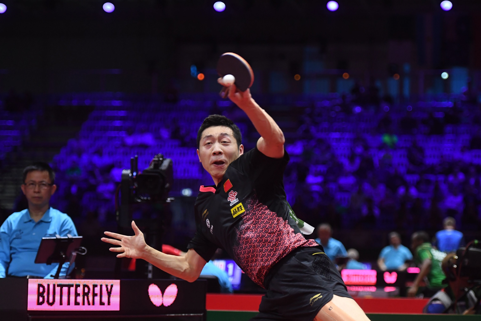 China's Xu Xin suffered a shock defeat at the ITTF World Championships in Budapest ©Getty Images