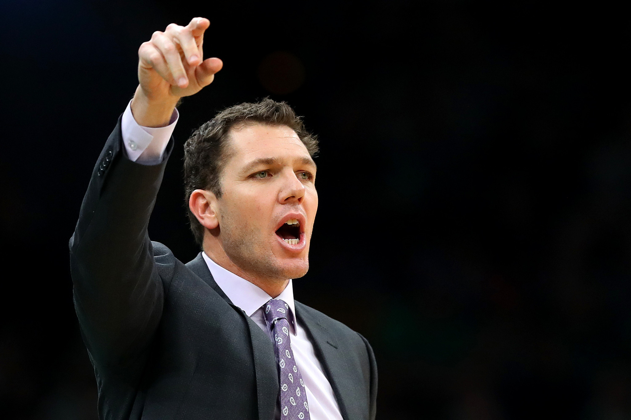 US sports journalist sues Sacramento Kings head coach Walton for alleged sexual assault