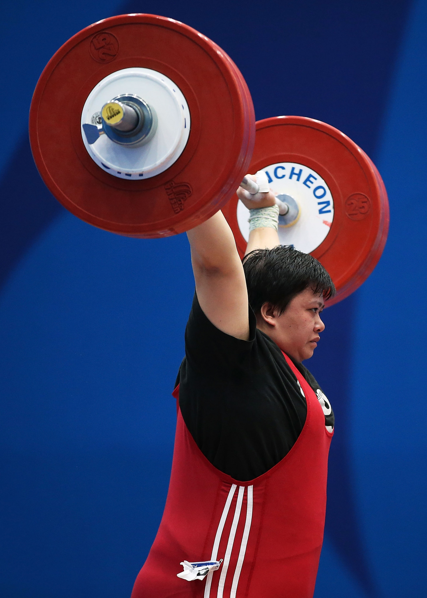 Vietnam's Nguyen Thi Van was the women's 71kg silver medallist in the total ©Getty Images
